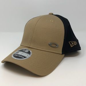 Oakley Tinfoil Cap New with Tags!